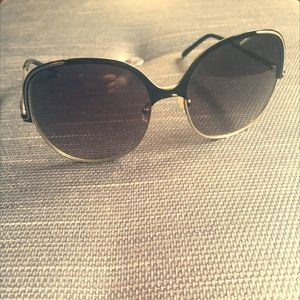 Chloe Sunglasses in Grey Metal with Black Accents